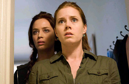 Sunshine Cleaning Emily Blunt and Amy Adams