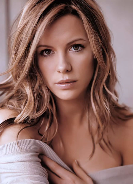 Kate Beckinsale beautiful and sexy