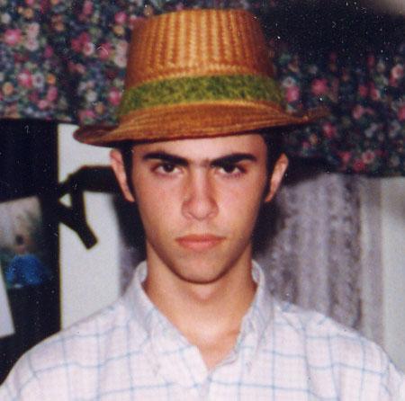 mark straw hat