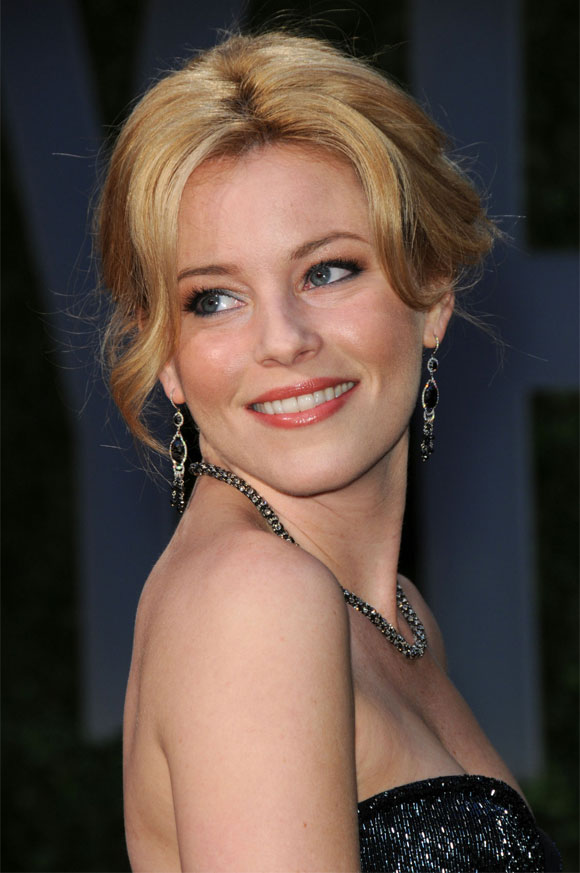 attractive older women - elizabeth banks