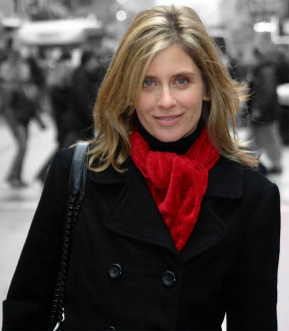 attractive older women - Helen Slater