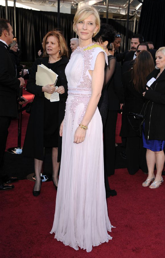 Cate Blanchett Oscar 2011