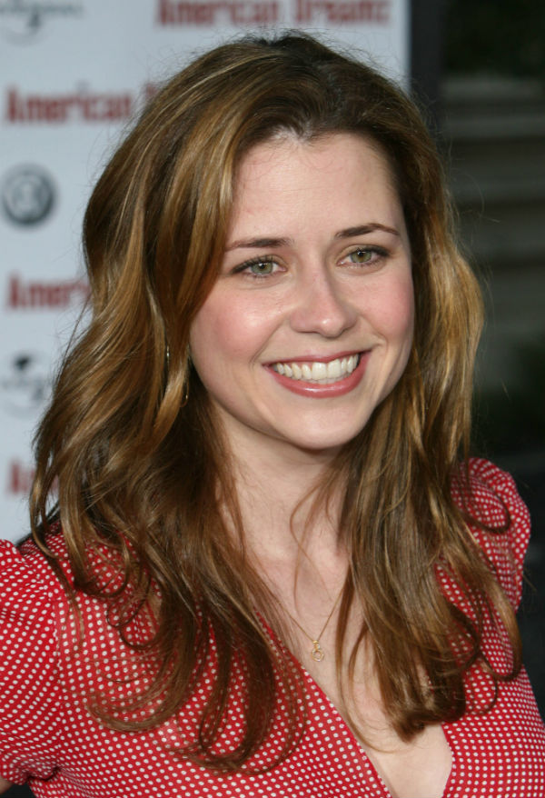 Jenna Fischer red top so cute