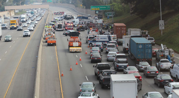 I-5 accident backup 10 24 2013