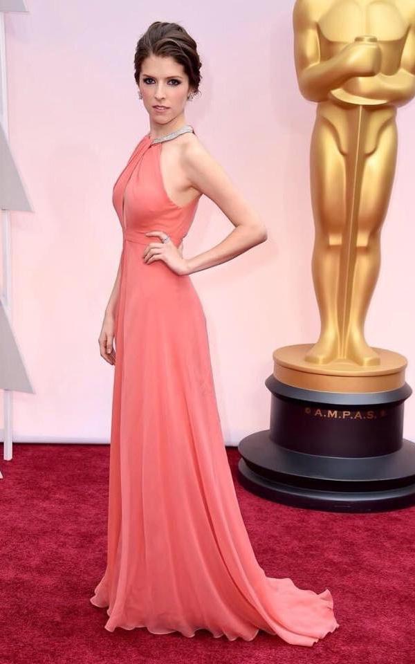 Anna Kendrick full body pink dress 2015 Oscar red carpet