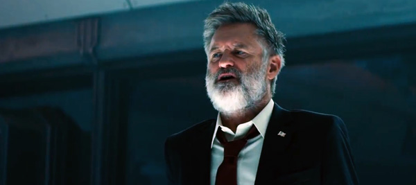 Grizzly Bill Pullman beard Independence Day Resurgence