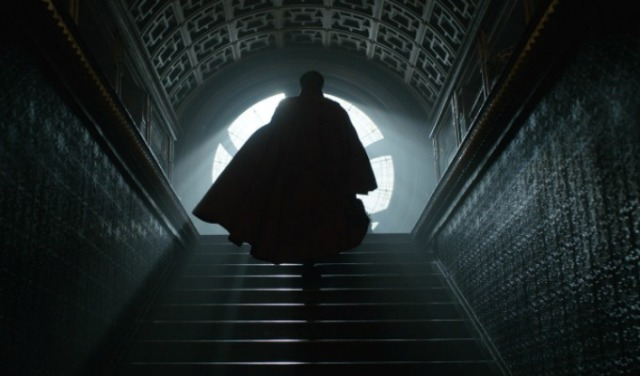 Doctor Stephen Strange (Benedict Cumberbatch) Photo Credit: Film Frame  ©2016 Marvel. All Rights Reserved.