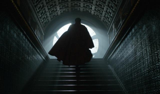 Doctor Stephen Strange (Benedict Cumberbatch) Photo Credit: Film Frame  ©2016 Marvel. All Rights Reserved.