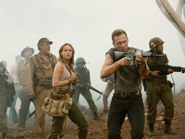 Kong Skull Island John C Reilly Brie Larson Tom Hiddleston John Goodman walking